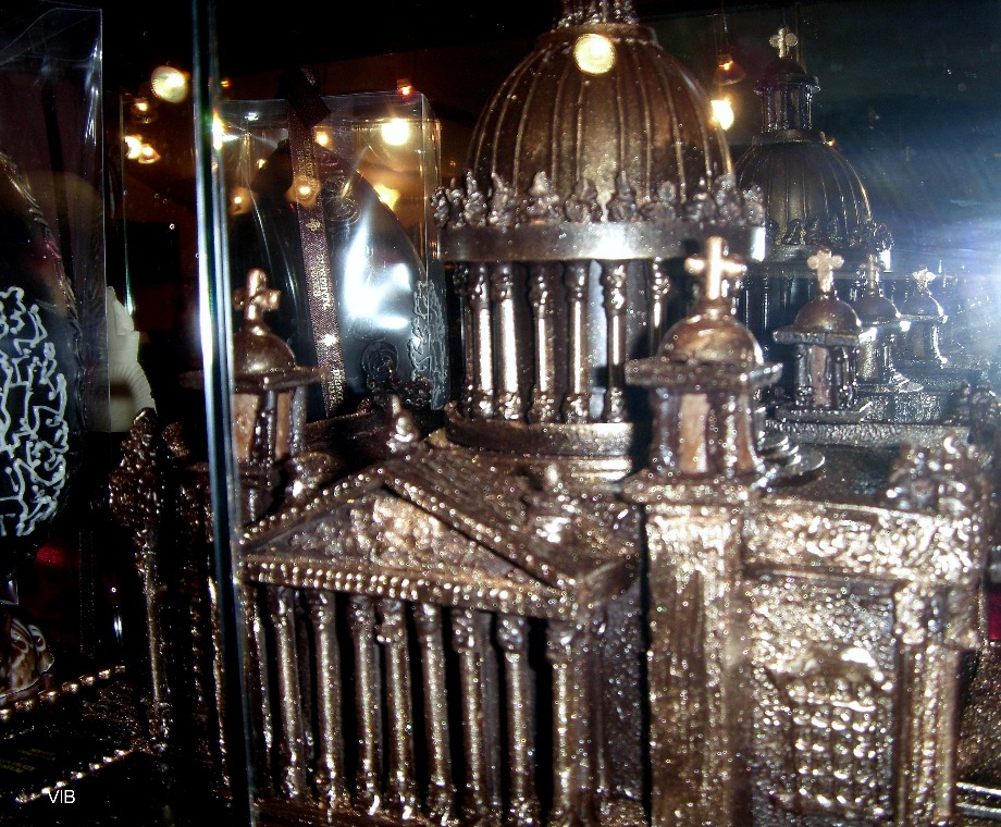Шоколадный Исаакивский Собор