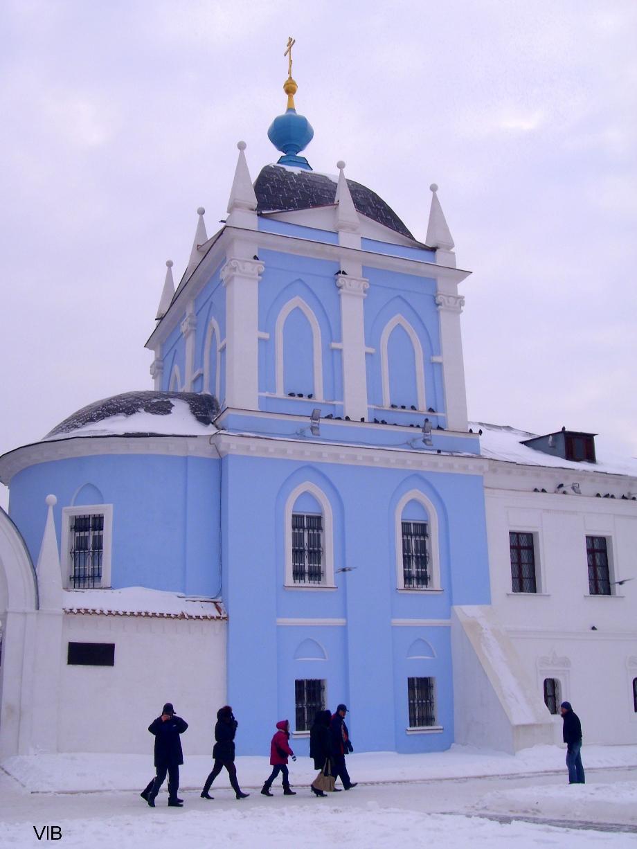 Надвратная Михайловская церковь