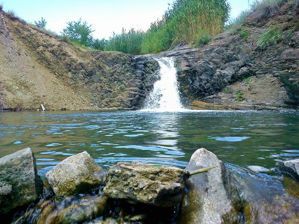 Водопад в Бирюково, Луганская область.