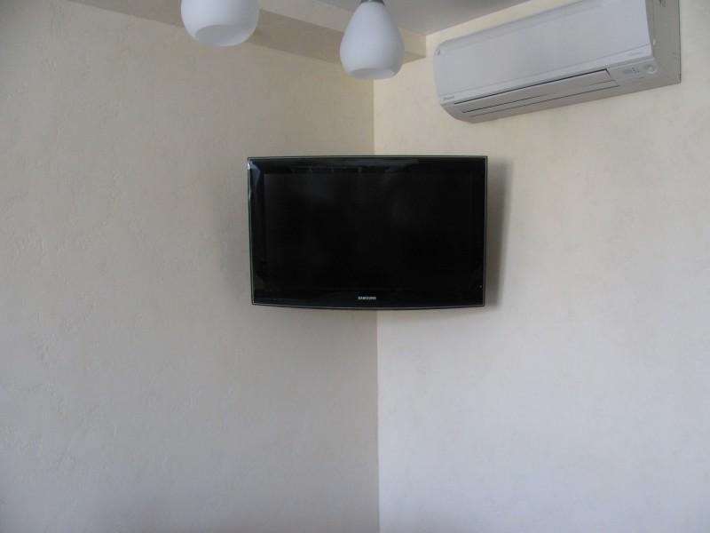 Установка жк, плазменного телевизора(ТВ), проектора, домашнего кинотеатра, DVD, колонок и т.д..