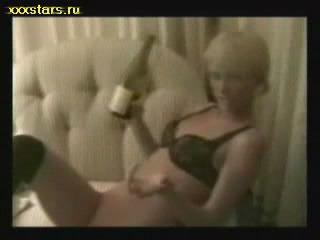 skandalnoe-video-peris-hilton-porno