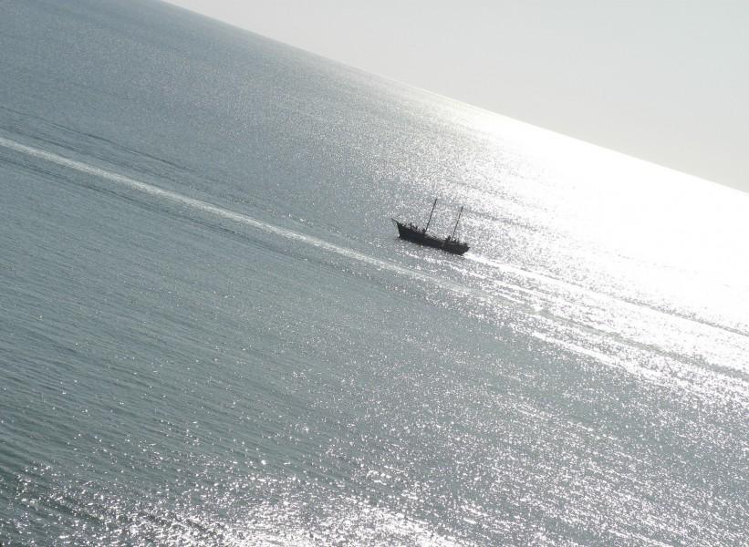 плыви мой кораблик;)