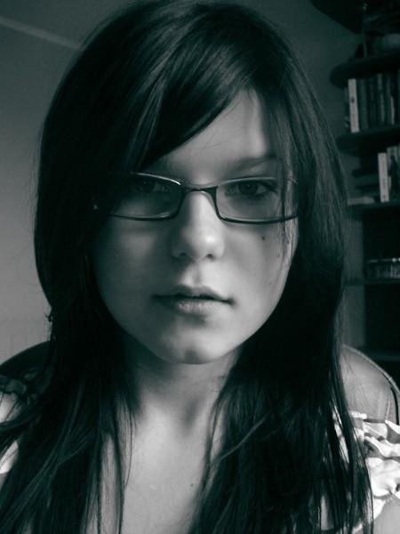 Я трохи змінилася, вам так не здається?..*)
