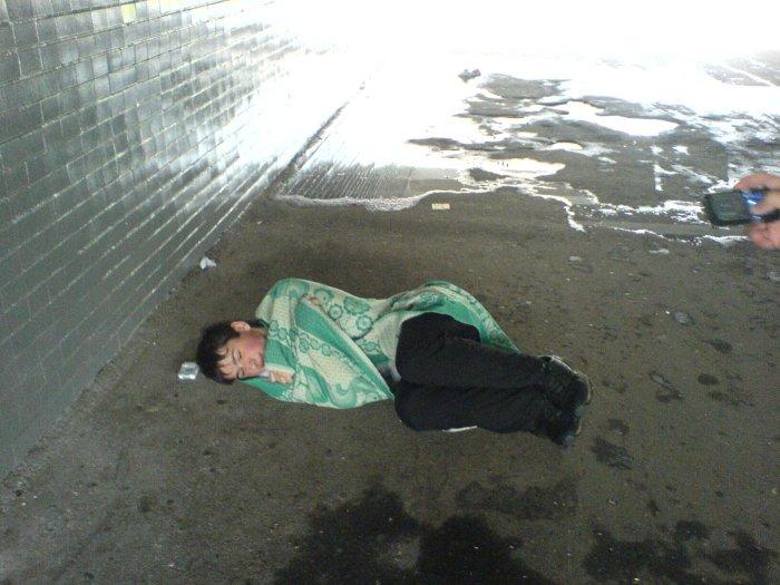 попал под дождь и решил согреться))