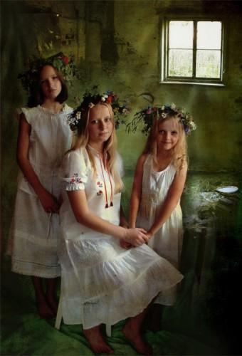 три сестры...  работа Екатерины Басанец