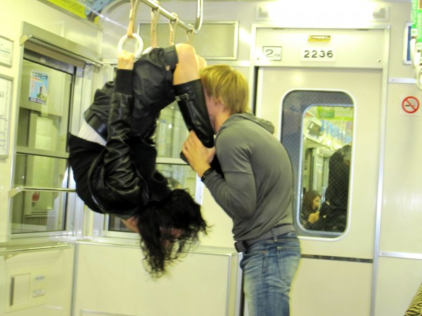 хулиганим в метро