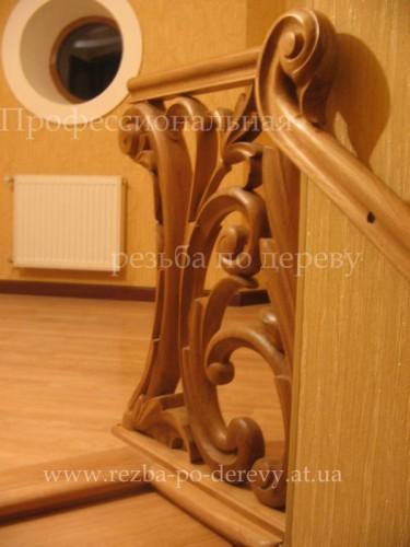 Профессиональная резьба по дереву - барочный стиль