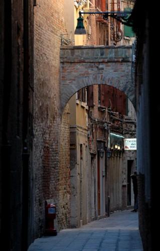 Венеция. Арки