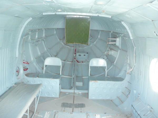 Всередині вертольота Мі-8