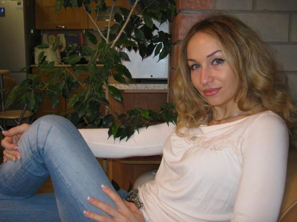 Фитнес-клуб при гостинице Интурист СПА в Астрахани Групповые и индивидуальные занятия по классической, силовой, танцевальной аэробике, с