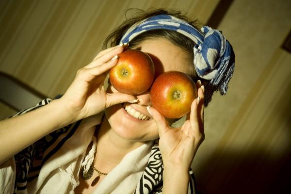 Глазные яблоки)