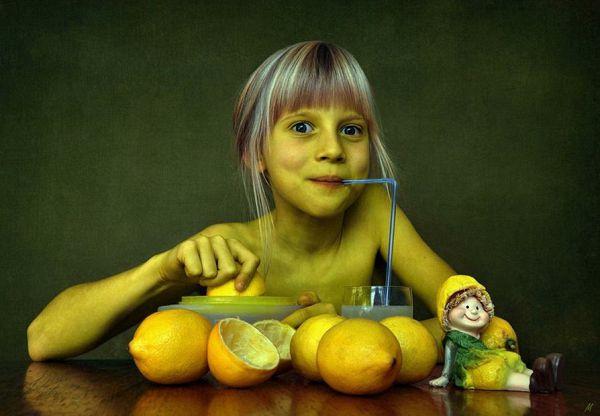 «Лимонная девочка»