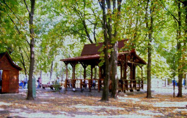 Беседка в парке Шевченко