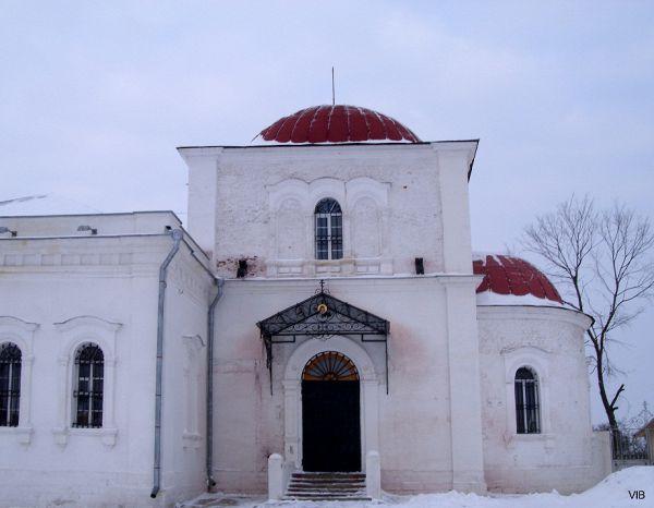 Вход в храм Николы Гостиного
