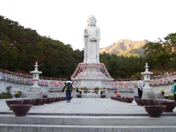 Velikiy Budda.