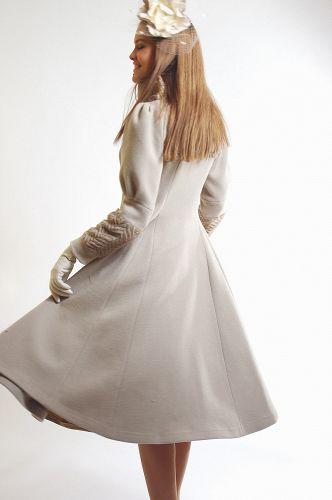 дизайнерское пальтоот Дианы Павловской ,женское демисезонное пальто, пальто российского дизайнера Диана Павловская ,красивое пальто купить , модное дизайнерское пальто.