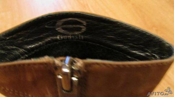продам за 2500 рублей.  Покупала в ТЦ европейский в магазине обуви Gudiali. Продаю потому что они мне оказались большими. Покупала за 5200 рублей.
