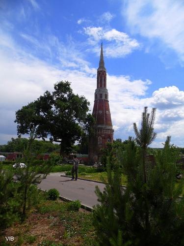 Прогулка по Богоявленскому Старо-Голутвину монастырю