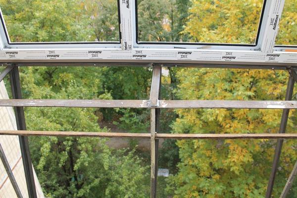 Фото - вынос лоджии с металлическим - балкон обшивка - bigmi.