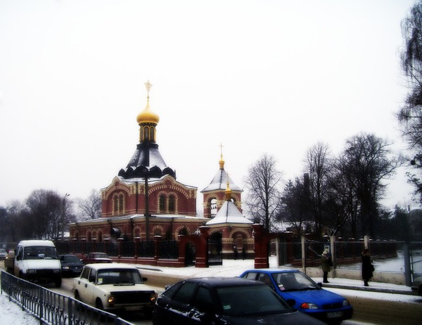 Храм Александра Невского на Сабуровой даче