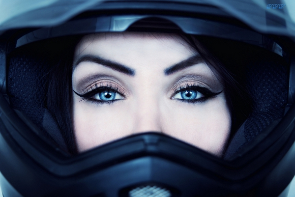 Мотоциклистка Жанна