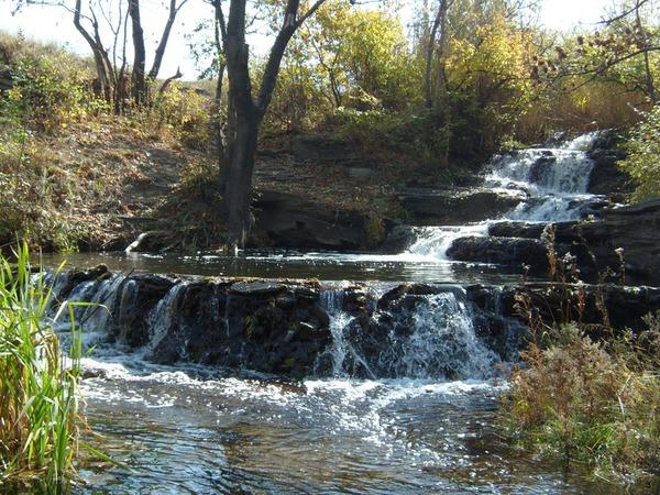 Водопад Макшеевский. г. Артёмовск (Кипучее), Луганская область.