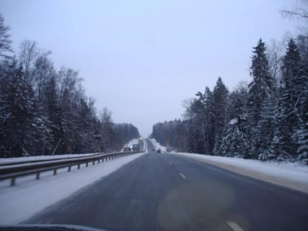 зимнии дороги в России ни с чем не спутаешь