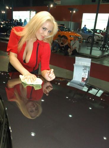 Kyiv_Automotive_Show Там ещё, вроде, машины были... Но как-то они мне не запомнились практически почему-то.