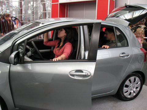 Это МОЯ машина... Леди и джентельмены - Toyota Yaris Sol