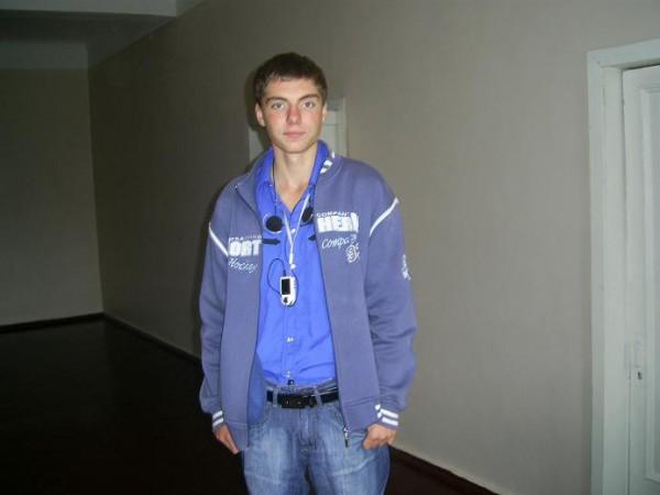 Дядька в гимназии)
