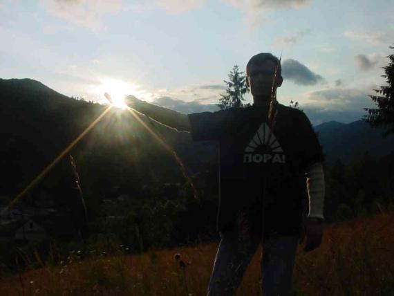 я могу даже солнце с неба достать. я вообще кого угодно достать могу :)