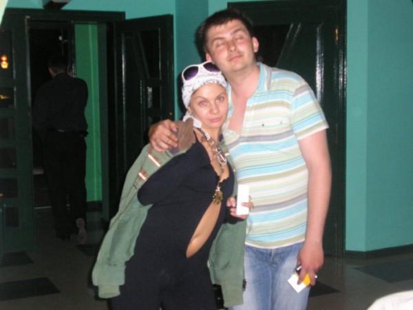 я с сестрёнкой)
