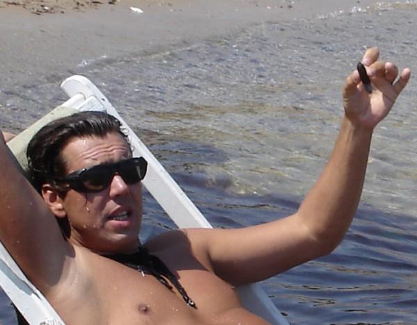 ...кто хочет потянуть кубиночку ??? !!! :)))) пляж Отрада, Одесса (28 июля 2007г.)