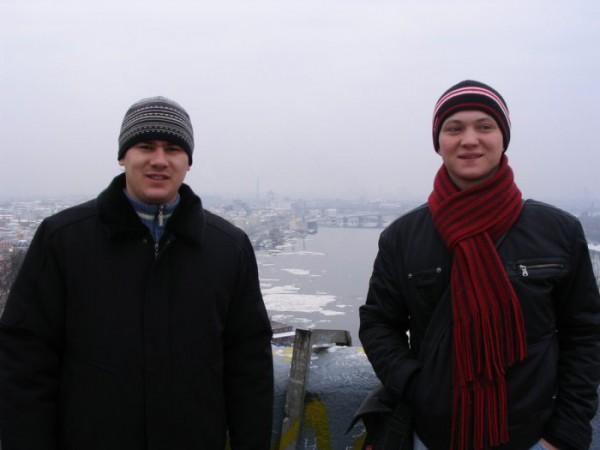Показываю родне из Одесы наш шорог-герой Киев