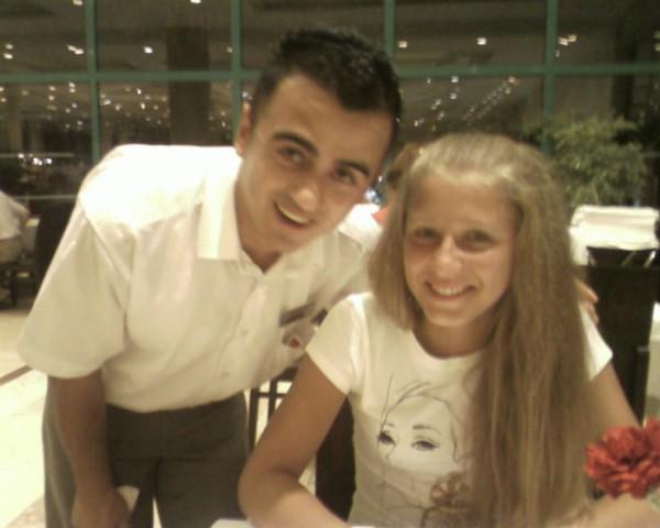 В Ресторане с турком)))