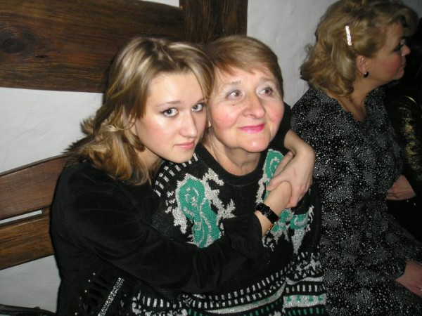 И тебя, бабусечка, лю)))