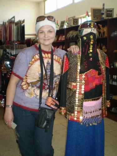 В магазинчике в Иордании