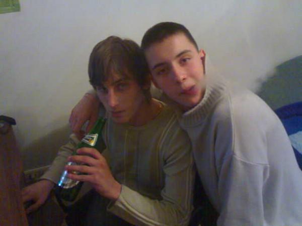 Мои друганы....Как всегда мы с пивом и кольяном...:D