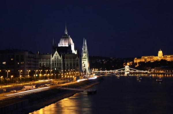 Будапешт. Парламент, Дунай, Цепной мост, Королевский дворец http://ghost-like.blogspot.com/2009/09/blog-post_25.html.
