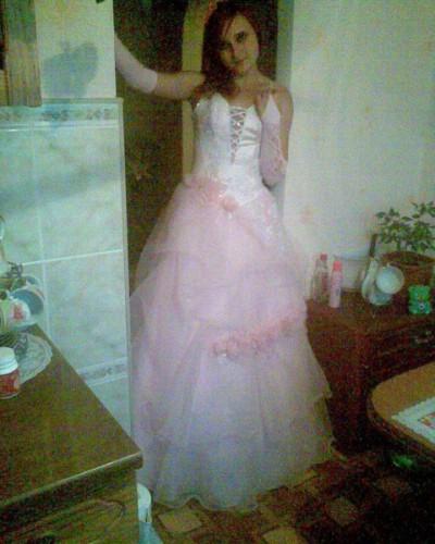 Я в выпускном платье