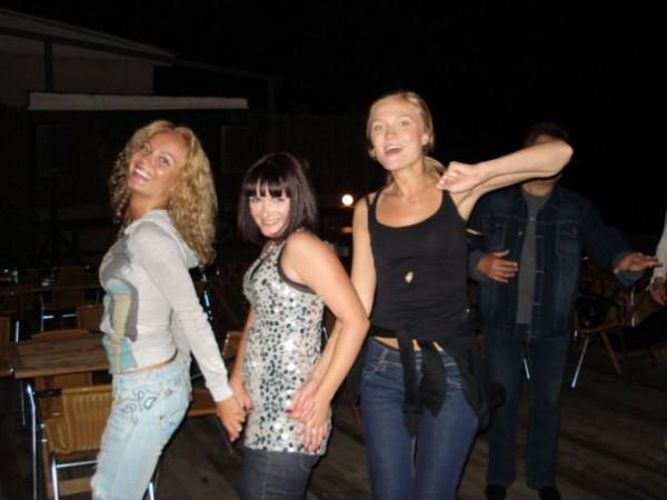 Танцуют все!!!...