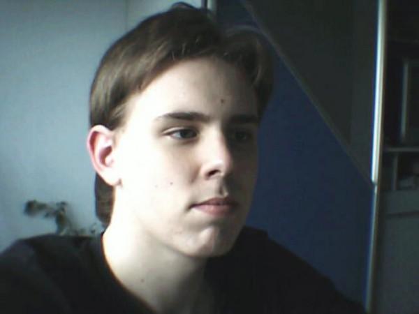 Если бы я постригся то я выглядел бы так:)))