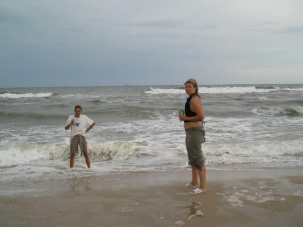 Затока, под Одессой... Море штормит