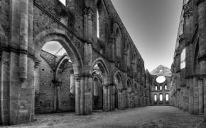 San Galgano Abbey - Tuscany