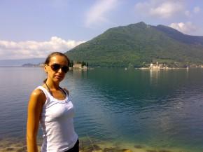 Боко-Которская бухта считается жемчужиной Черногории. Даже знаменитый Байрон описывал ее в своих стихах. Одно из самых красивых мест, увиденных мной!