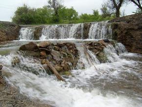 Водопад Примыканский. пгт. Дзержинский, Луганская область.