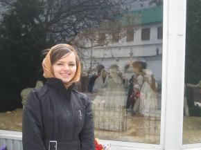 Это в Киево-Печерской Лавре! В платочке! :-)))