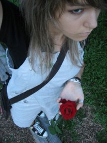 flOweRs.....i@m LonEly.....