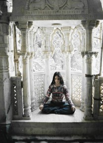 В вайшнавском храме...