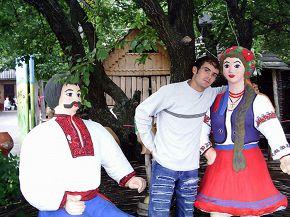 """ресторан """"У Сестер"""", по дороге в Киев, 21 сентября 2006г"""